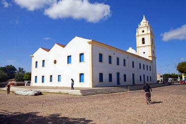 BRA1052AW South America, Brazil, Ceara, Aracati, the 18th Century parish church of Our Lady of the Rosary (Igreja Matriz de Nossa Senhora do Rosario dos Brancos) in the city centre