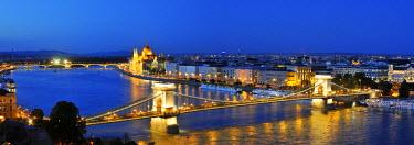 HUN1108AW Szechenyi Chain Bridge and the Parliament at twilight. Budapest, Hungary