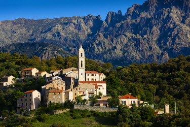 FR11293 France, Corsica, Haute-Corse Department, Central Mountains Region, Soveria, elevated town view