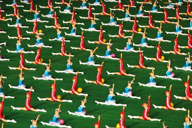 NKO0092AW Democratic People's Republic of Korea, North Korea, Pyongyang. Children performing at the Arirang Mass Games.