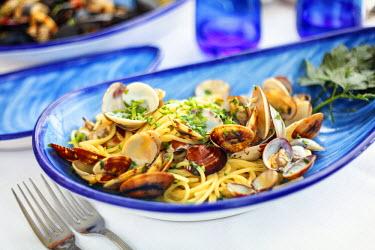 IT06599 Italy, Amalfi Coast, Positano, Spaghetti ai frutti di mare