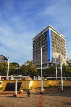 PAR0047AW Skyscraper in Plaza de los Heroes, Asuncion, Paraguay
