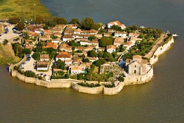 HMS443792 France, Charente Maritime, Talmont sur Gironde, labelled Les Plus Beaux Villages de France (The Most Beautiful Villages of France) (aerial view)