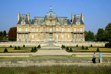 HMS528479 France, Yvelines, Maisons Laffitte, Chateau de Maisons, castle built by Mansart in the 17th century