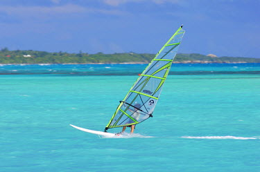 HMS662294 Caribbean, Guadeloupe (French West Indies), Grande Terre, Saint Francois, windsurfing on the Lagoon in Saint Francois