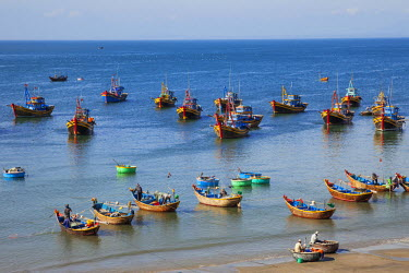 TPX35481 Vietnam, Mui Ne, Mui Ne Beach, Fishing Boats