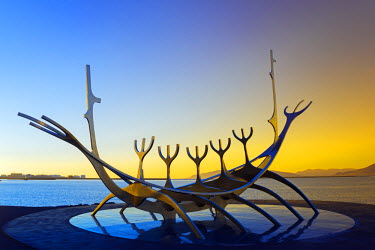 ICE3218 Iceland, Reykjavik, Solfar (Sun Voyager), iconic stainless-steel modern sculpture representing a Viking longboat by Jon Gunnar Arnason