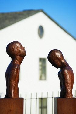 ICE3225 Iceland, Reykjavik, bronze statues designed by Steinunn Thorarinsdottir