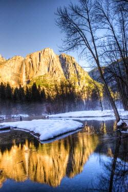 US05TNO0060 Yosemite Falls reflection in Merced River. Yosemite, California, USA