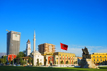 ALB0006 Europe, Albania, Tirana, equestrian statue of Skanderbeg