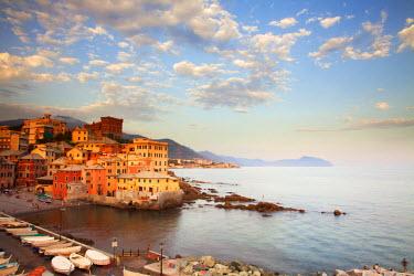 ITA1911 Northern Italy, Italian Riviera, Liguria, Genova. Genova's old fishing town