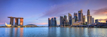 SP01477 Singapore, Marina and City Skyline