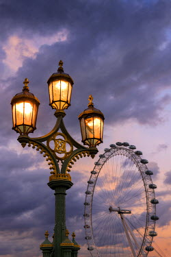 ENG10716AW Europe, England, London, Westminster Bridge and Millennium Wheel,
