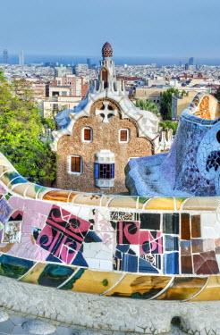 EU27RTI0034 Europe, Spain, Catalonia, Barcelona, Park Guell Terrace