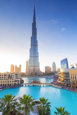 UE01512 Burj Khalifa (world's tallest building), Downtown, Dubai, United Arab Emirates