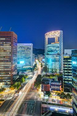 KR01198 Busy Namdaemun-ro at dusk in Myeong-dong, Myeongdong, Seoul, South Korea