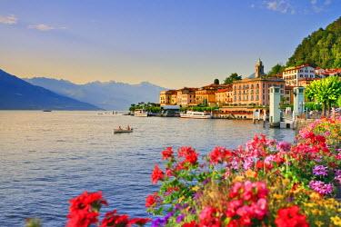 ITA1974AW Italy, Lombardy, Como district. Como Lake, Bellagio.