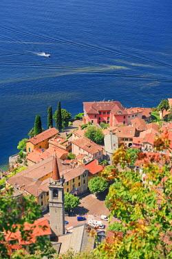 ITA1982AW Italy, Lombardy, Como district. Como Lake, Varenna.