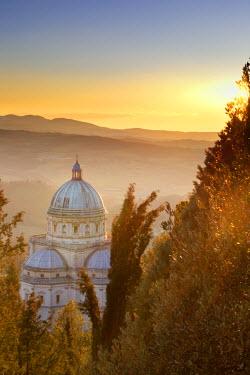 ITA2028AW Italy, Umbria, Perugia district, Todi, Santa Maria della Consolazione