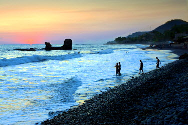 EL01108 Playa El Tunco, El Salvador, Pacific Ocean Beach, Popular With Surfers, Great Waves, Named After The Rock Formation, Tunco Translates To Pig Or Swine, The Rock Resembles A Pig Floating On Its Back, Su...
