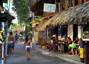 EL01113 Playa El Tunco, El Salvador, Downtown Dining, Pacific Ocean Beach Resort, Popular With Surfers