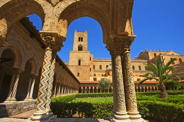 IT2240AW Cloister, Cathedral of Monreale, Sicily, Italy