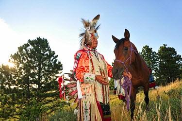 USA8670AW Lakota Indian in the Black Hills, Western South Dakota, USA. MR