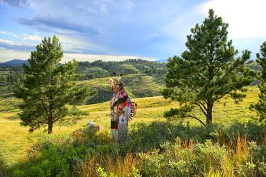 USA8680AW Lakota Indian in the Black Hills, Western South Dakota, USA. MR