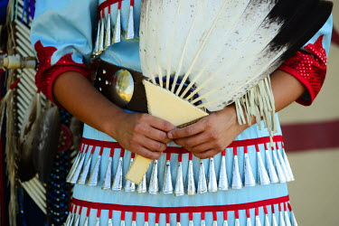 USA8686AW Lakota Woman and man in full regalia, Custer County, Black Hills National Forest, Western South Dakota, USA. MR