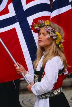 HMS0381687 Norway, Hordaland County, Bergen, National Holiday on May 17