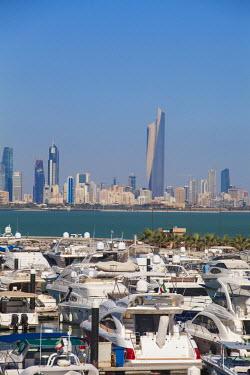 KW01076 Kuwait, Kuwait City, Salmiya, Yacht Club on Arabian Gulf St