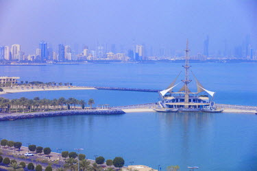 KW01086 Kuwait, Kuwait City, Salmiya, Marina Waves Leisure complex - a three-storey leisure complex specialising in land and sea activities