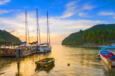 ST01121 Caribbean, St Lucia, Marigot, Marigot Bay