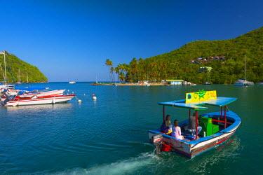 ST01123 Caribbean, St Lucia, Marigot, Marigot Bay