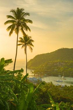 ST01137 Caribbean, St Lucia, Marigot, Marigot Bay