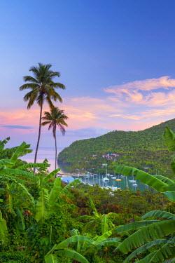 ST01140 Caribbean, St Lucia, Marigot, Marigot Bay