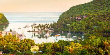 ST01146 Caribbean, St Lucia, Marigot, Marigot Bay
