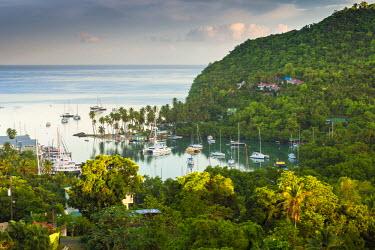 ST01145 Caribbean, St Lucia, Marigot, Marigot Bay