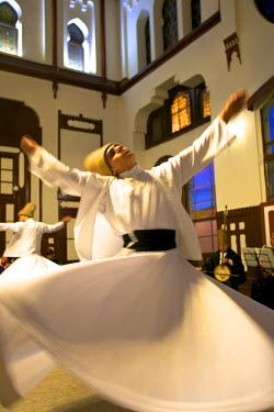 TK01472 Whirling Dervishes, Istanbul, Turkey