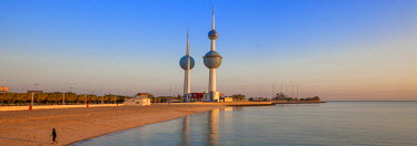 KW01150 Kuwait, Kuwait City, Kuwait Towers