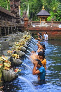 ID01480 Indonesia, Bali, Tirta Empul Temple, Sacred Springs