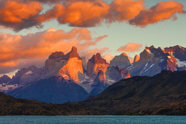 Chile, Magallanes Region, Torres del Paine National Park, Lago Pehoe, dawn landscape © AWL Images