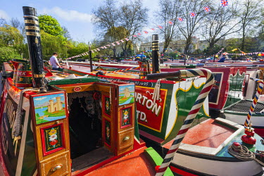 TPX37641 England, London, Maida Vale, Little Venice, Annual Canal Boat Cavalcade, Canal Boats