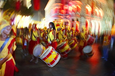 BRA1973AW South America, Brazil, Pernambuco, Recife, carnival, maracatu drummers in Recife Antigo - the old colonial centre - on the opening night of Recife carnival