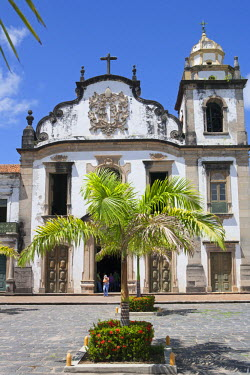 BRA1992AW South America, Brazil, Pernambuco, Olinda, the facade of the 18th Century church and monastery of Saint Benedict (Sao Bento)