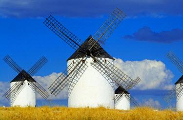 SPA5027AW Windmills, Campo de Criptana, Castilla la Mancha, Spain, Europe