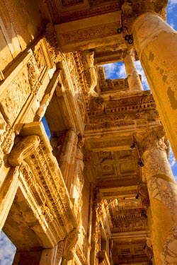 AS37BJN0008 Ruins of the Library of Celsus in ancient city of Ephesus, near Selcuk, Turkey.