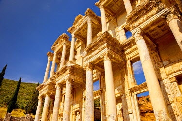 AS37BJN0014 Ruins of the Library of Celsus in ancient city of Ephesus, near Selcuk, Turkey.