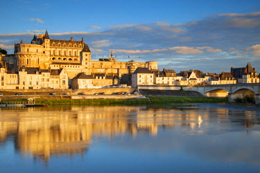 EU09BJN0708 Chateau d'Amboise above the River Loire, Amboise, Centre France