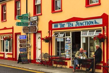 EU15TNO0142 Kinvarra, County Galway, Ireland. Storefront.